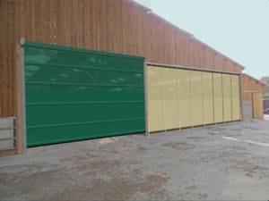 Vente et pose de filet brise-vent pour bâtiments d\'élevage.